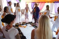 tibetan singing bowls therapy group healing with Shiva Girish